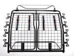 Artfex Hundgrind Dacia Duster 10-17 Gen 1 - om bil saknar tröskellåda måste golvet höjas upp så att dörr på grind kan öppnas